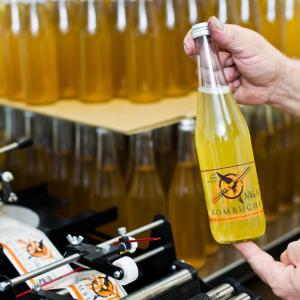 şişe etiketleme makinası tetripak makine (4)