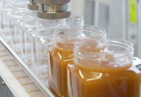 Kemik ve et suyu dolum kapatma makinası Tetripak Makine ürün (1)