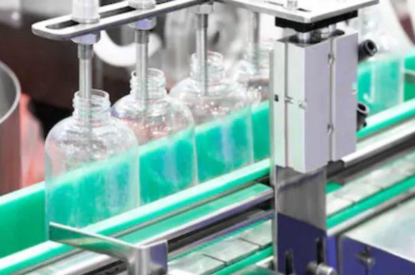 Plastik şişe sıvı dolum makinası